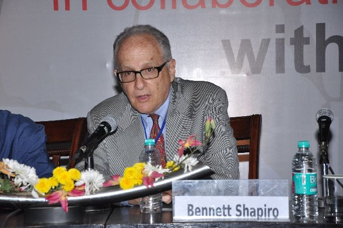 Dr. Bennett Shapiro, Chair of DNDi Board of Directors North America, chairing Session 3 (Advocacy for access & sustainability of the model)