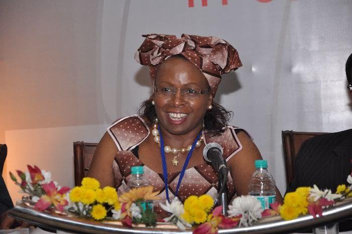 Dr. Monique Wasunna, Head of DNDi Africa, chairing Session 2