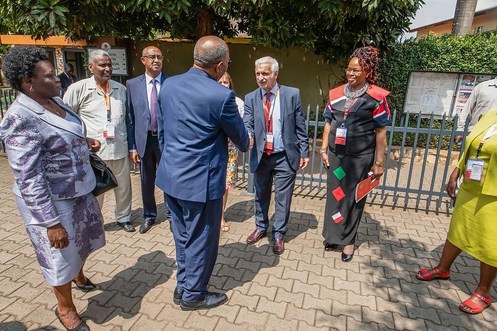 Representatives of the health ministries of Uganda, Kenya and Sudan, and the DNDi leadership team greet the Prime Minister of Uganda, the Right Honourable Dr Ruhakana Rugunda