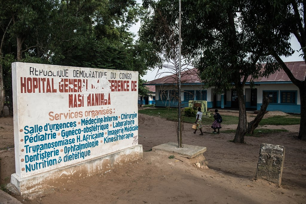 Sign outside of clinic in DRC