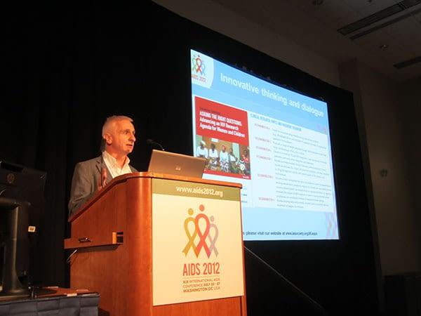 Bernard Pécoul speaks at AIDS2012